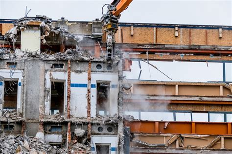 House Demolition Companies by A Guide For Choosing A House Demolition Service Company