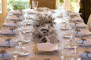 Clear Crystal Vase Pretty And Inexpensive Christmas Centrepieces