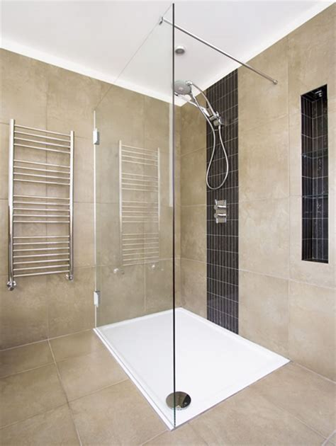 Alleinstehende Badewanne by Duschabtrennung Aus Glas Glasduschen Saxoboard Net