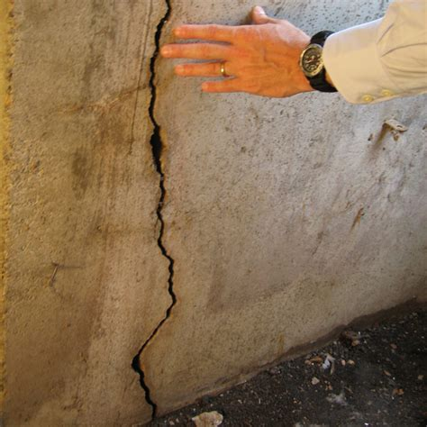 Sealing Cracks In Concrete Basement Floor by How To Seal A In Concrete Foundation Free