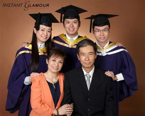 Mba Graduation Pictures With Parents Backgrounds by Family Package