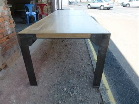 pied de table fer table industrielle plateau fr 234 ne et h 234 tre pieds corni 232 re