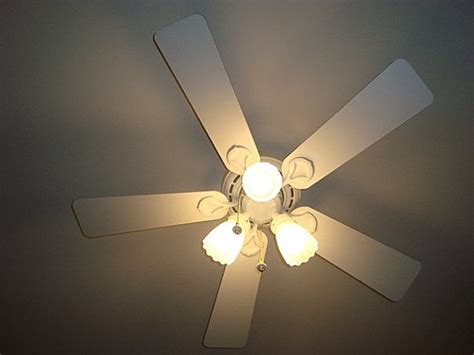 hunter coastal breeze ceiling fan hunter coastal breeze plus 44 quot vcf member galleries
