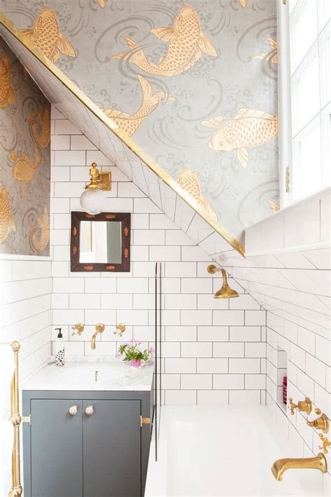 modern small bathroom trends  create  optical