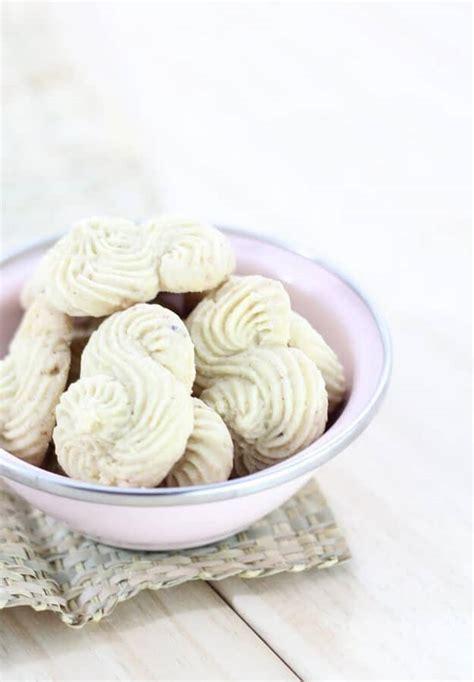membuat kue kering garut resep sederhana membuat kue garut yang enak renyah dan lembut