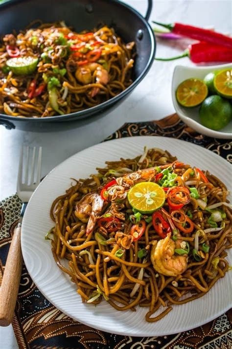 indonesian fried noodles mie goreng recipe food
