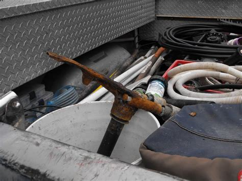 suzuki boat mechanic near me rusted steering bracket new pics pg 3 page 2 the