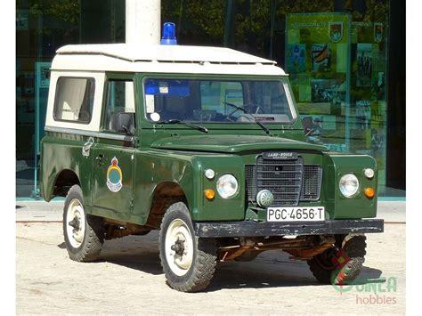 70s land rover italeri 6542 1 35 land rover series iii 109