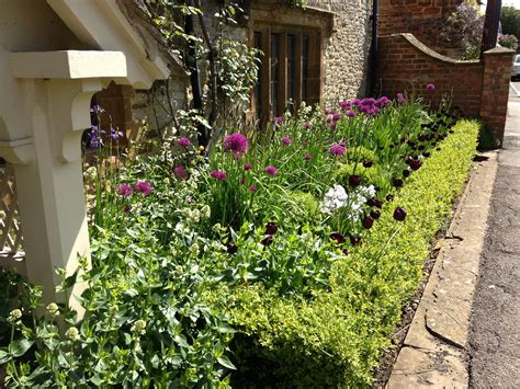 ideas for gardens small front garden ideas garden idea easy simple