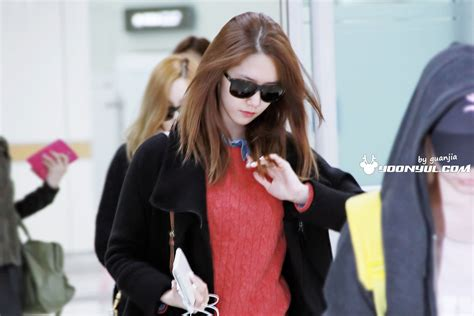 theme line yoona news picture yoona at gimpo airport my lovely blog
