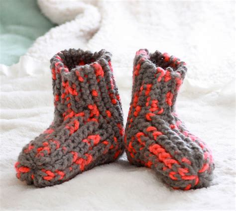 easy knit slipper pattern free knitting patterns to make with chunky yarn michele