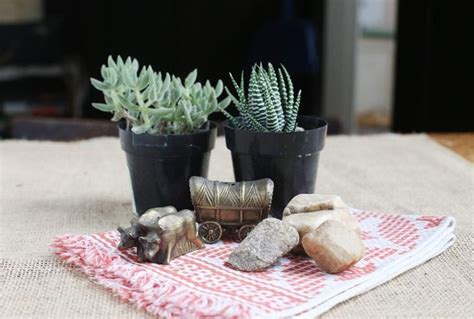 cowboy themed centerpieces western cowboy boot centerpieces themed table decorations