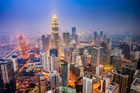 Lumpur Lumpur kuala lumpur kaksoistornien kaupunki malesia matkaopas