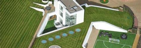 la casa di balotelli balotelli a liverpool la sua nuova casa 232 da favola una