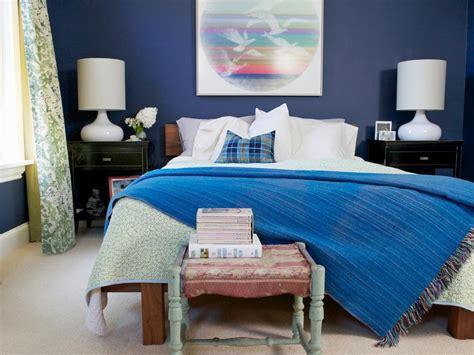 tips  designing  stylish small bedroom hgtv