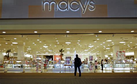 macy s says it will 35 to 40 stores in early 2016