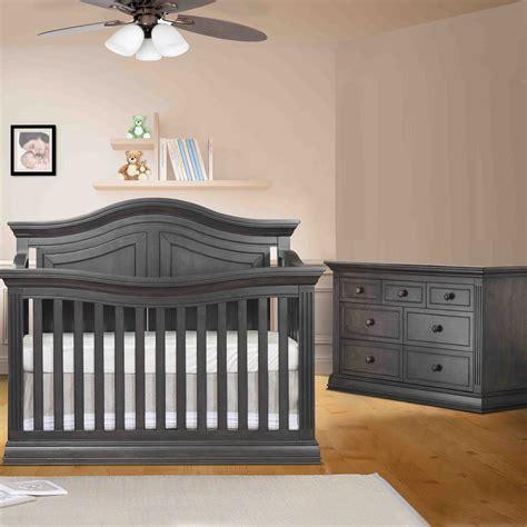 Sorelle Camden Mini Crib Sorelle Changing Table Sorelle Cribs And Sorelle Providence Also Convertible Cribs With Changing