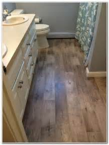 vinyl flooring that looks like wood great vinyl flooring