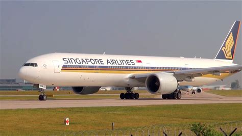 plan si鑒es boeing 777 300er air singapore airlines boeing 777 300er beautiful takeoff from