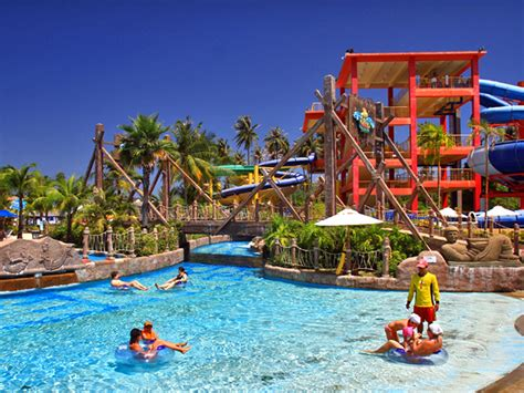 park with water water park splash jungle