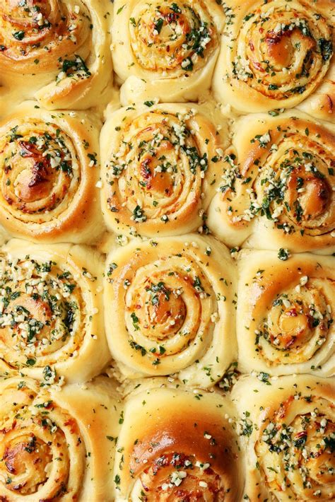 garlic parmesan swirl rolls recipe  jonathan melendez