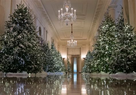 trump white house decoration first lady unveils christmas decorations at the white house