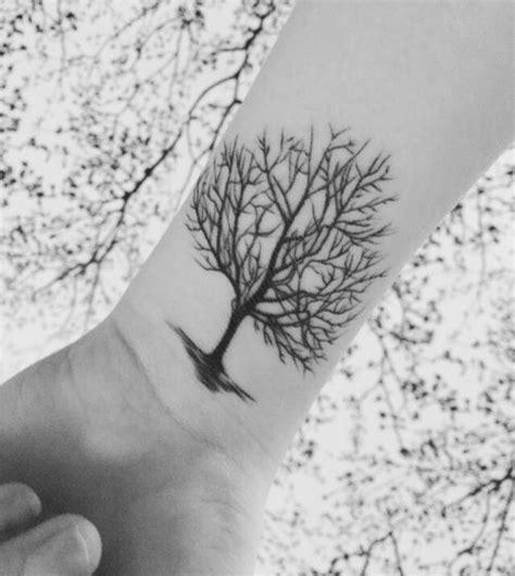 imajenes de tatuajes de arbol genealogico los tatuajes de 225 rboles son un s 237 mbolo de la armon 237 a entre