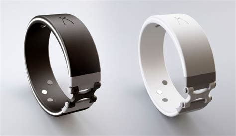 The Angel Smart Wristband for Monitoring Your Health   Gadgetsin