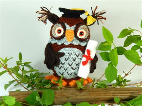 free crochet pattern amigurumi graduation owl wesley the wise owl amigurumi crochet pattern graduation owl