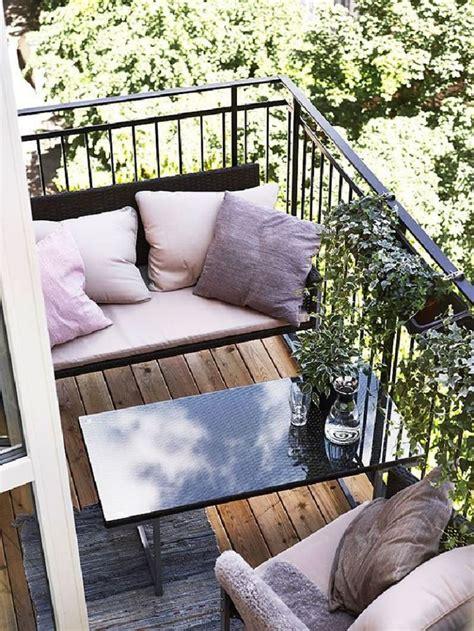 25  best Small balcony decor ideas on Pinterest   Apartment balcony decorating, Tiny apartment
