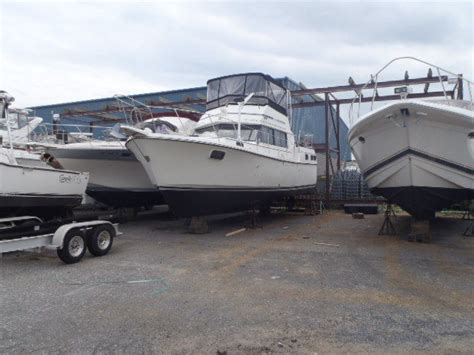 carver diesel boats carver boats 3607 boat for sale from usa