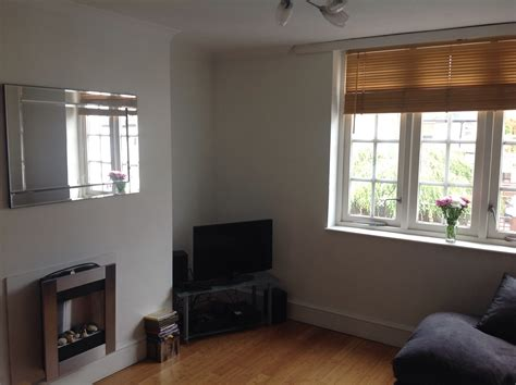 2 bedroom flat private landlord 2 bed flat to rent frogmore london sw18 1hn