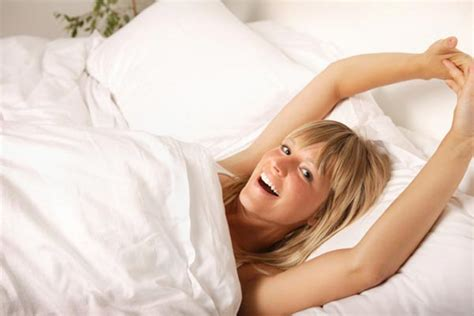 morning stretches in bed tips for fibromyalgia patients to handle terrible morning