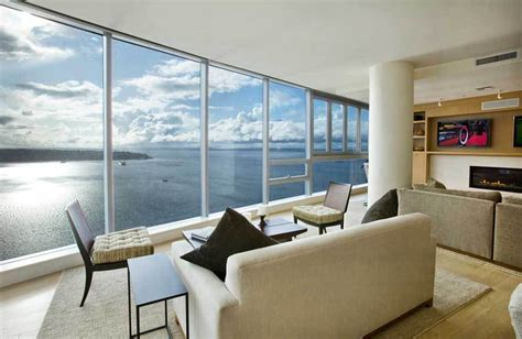 Maxi Villa Flow world s most amazing panoramic view seattle penthouse