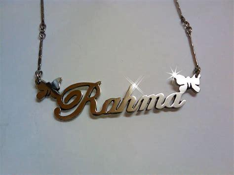 Kalung Nama Gold Cantik Elegan Perhiasan Nama kalung nama perhiasan nama jasa buat kalung nama kalung nama