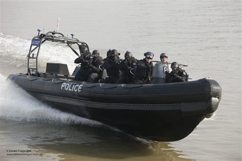 thames river rib thames river police boarding teams in olympics security