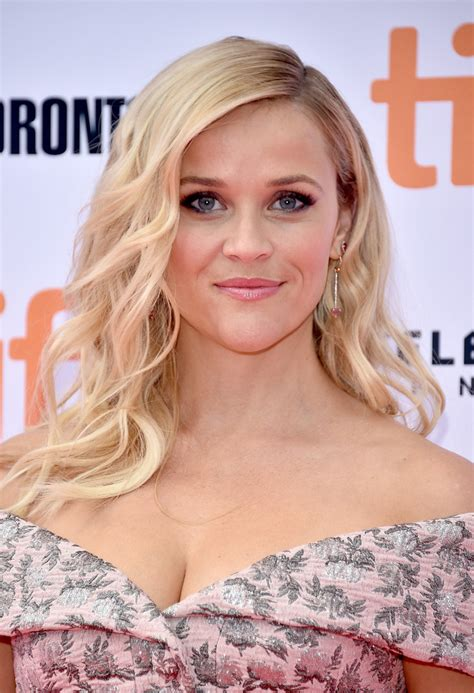 Reese Witherspoon Hairstyles by Reese Witherspoons Hairstyles Hairstyles