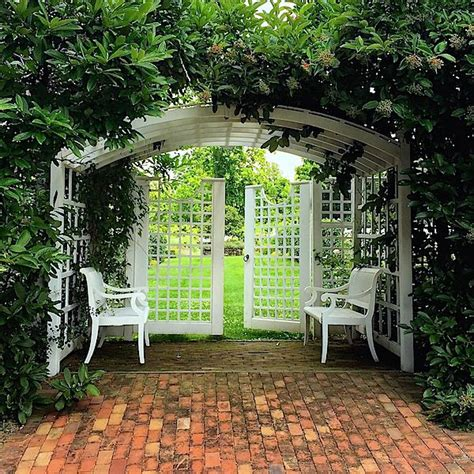 Garden Entrance Ideas Best 25 Garden Entrance Ideas On Garden Arbor Arbors And Front Garden Entrance