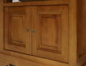 meuble tv lise en merisier massif de style louis philippe