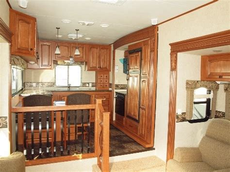 Montana Travel Trailer Floor Plans by Pin By Kerree Millette Obecunas On Camping Pinterest