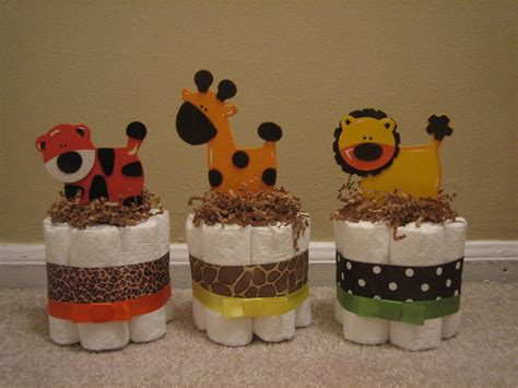 Cake For Baby Shower Centerpiece by Six Jungle Safari Mini Cakes For Baby Shower