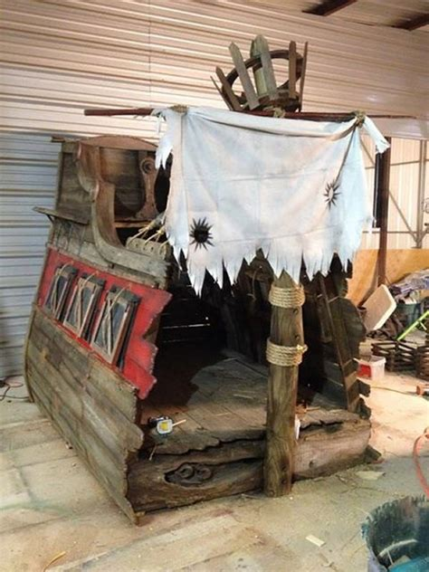 pirate shipwreck bed creepbay