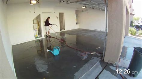 How to Apply Garage Floor Epoxy   in 2 Minutes   YouTube