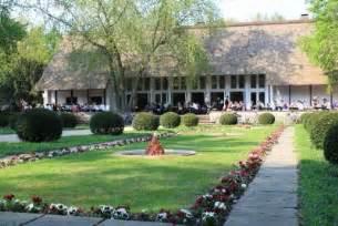 teehaus englischer garten teehaus im englischen garten in 10557 berlin tiergarten