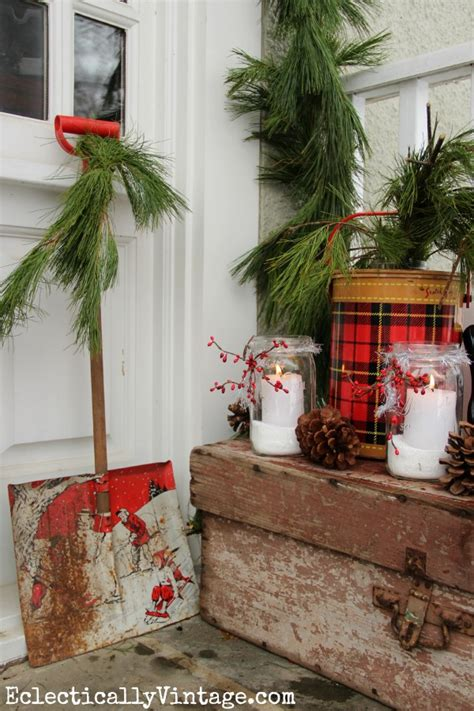 vintage christmas front porch decor merry porch decorating ideas eclectically vintage