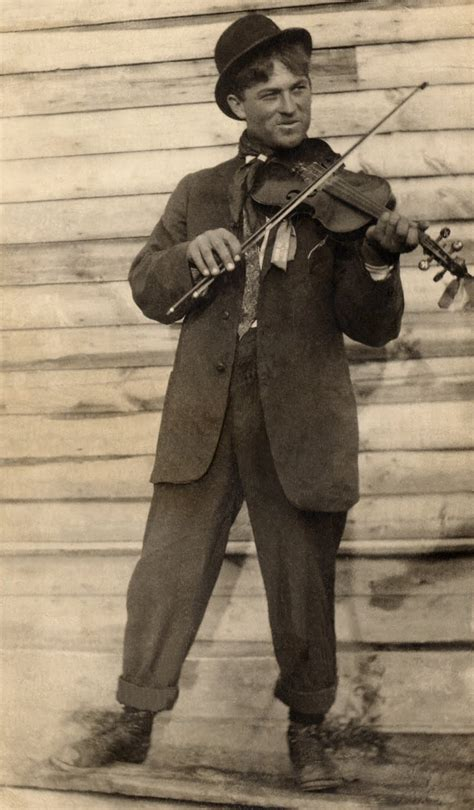 old vintage images old vintage photo man playing the violin the graphics