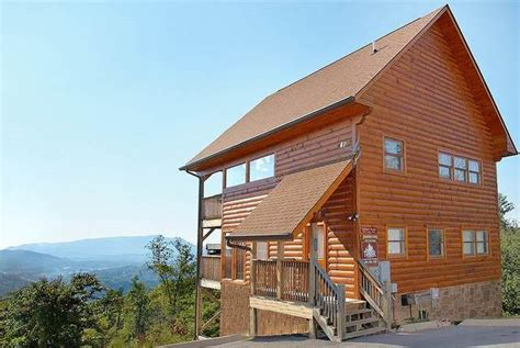 Luxury Cabins In Tn by Timber Tops Luxury Cabin Rentals Pigeon Forge Tn