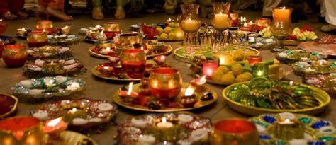 20 Eye Refreshing Mehndi Decoration Ideas   SheIdeas