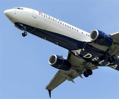 delta air lines begins seasonal nonstop from msp to iceland startribune