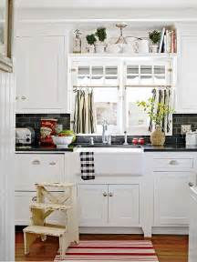 Kitchen Windows Decorating 10 Ideas For Decorating Above Kitchen Cabinets